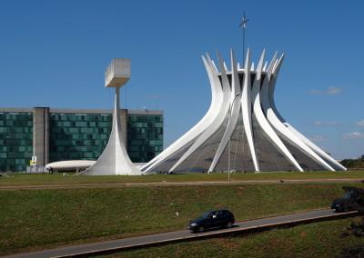 0242brasilia_katedrala