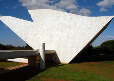 0481brasilia_muzeum_statuBR